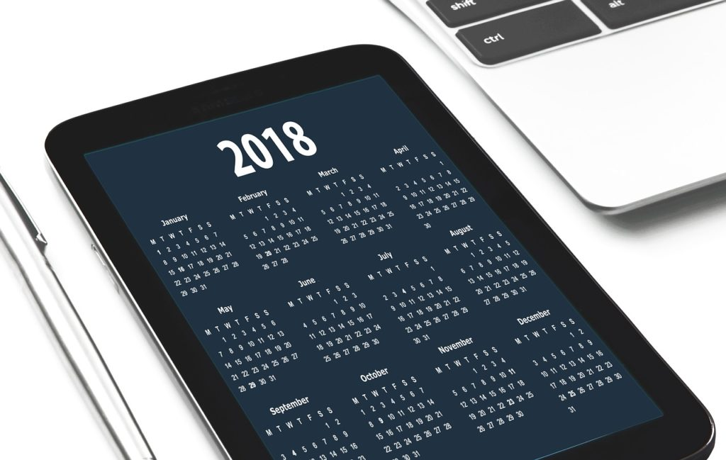 device screen showing 2018 calendar
